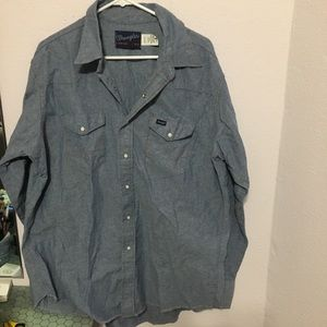 Wrangler Size 18 36 Western snap down Chambray